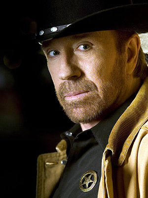 http://fivegreenacres.files.wordpress.com/2008/11/chuck-norris-400ds06201.jpg